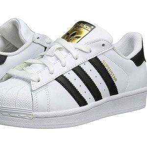 Adidas kids Superstar big kid Size 5.5